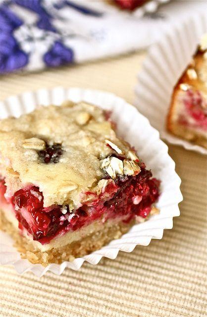 Blackberry Oatmeal Pie Bars
