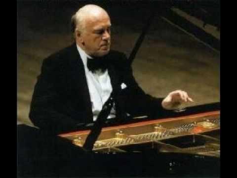 Sviatoslav Richter plays Beethoven - Sonata no.3 in C major, op.2, no.3 (2/3)