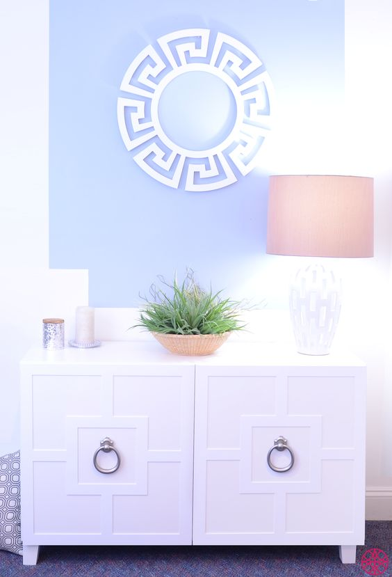 How much are you loving our 5 Minute Makeover with the Harper O'verlay on the Ikea Besta console?