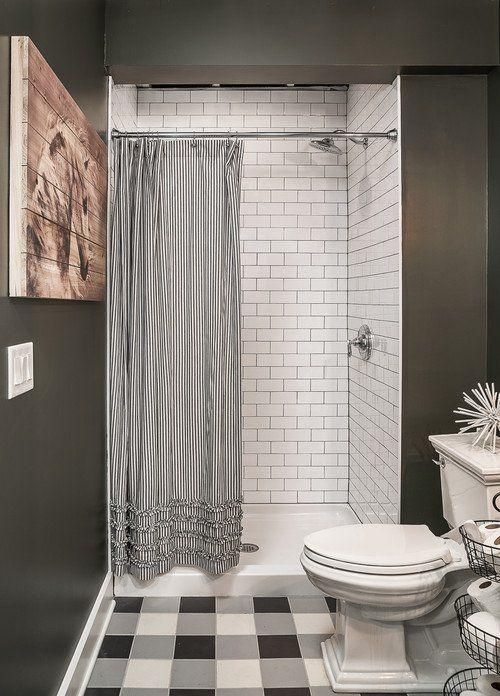 Modern Farmhouse In Chicago Suburbs Town Country Living Farmhouse Shower Modern Farmhouse Bathroom Bathroom Shower Tile