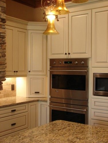 Kraftmaid cabinets biscotti and glaze on pinterest - Kraftmaid bathroom cabinets catalog ...