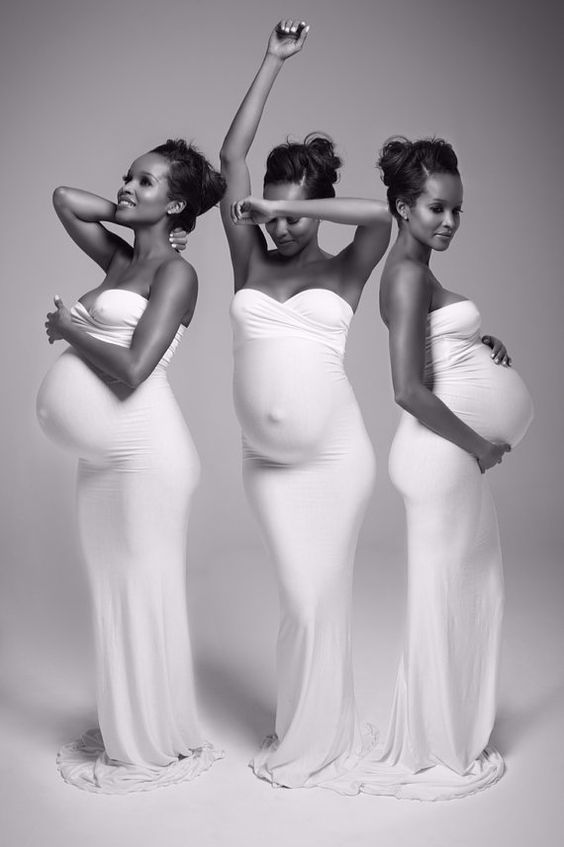 Jessica Gown tm / Fitted Maternity Gown / von SewTrendyAccessories
