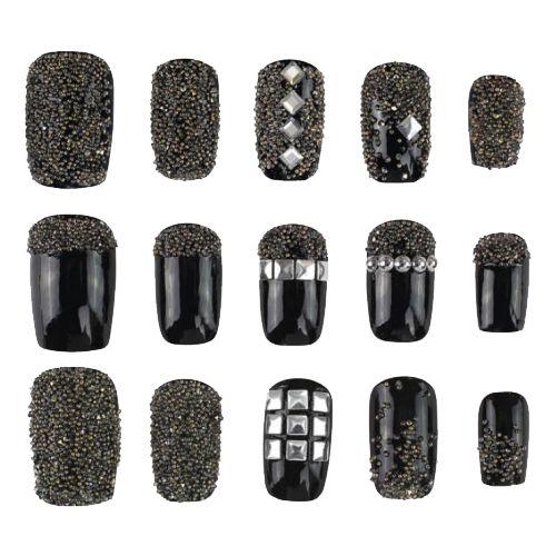 Crystal Pixie ROCK SHOCK - Si te consideras una chica atrevida, aquí tienes algunas ideas para decorar tus uñas