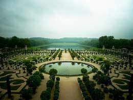 Gardens of Versailles - near the luxury holiday apartment rentals in Paris france   http://elsolvillas.com/holiday-rentals/luxury-apartments-in-france/paris/