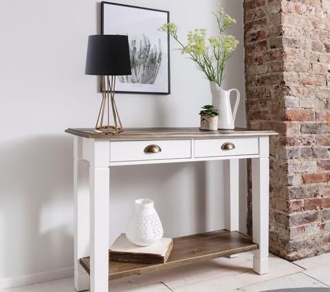 Console Table Decor Table Lamps To Choose From Console Table Decorating Wooden Living Room Furniture Wooden Living Room