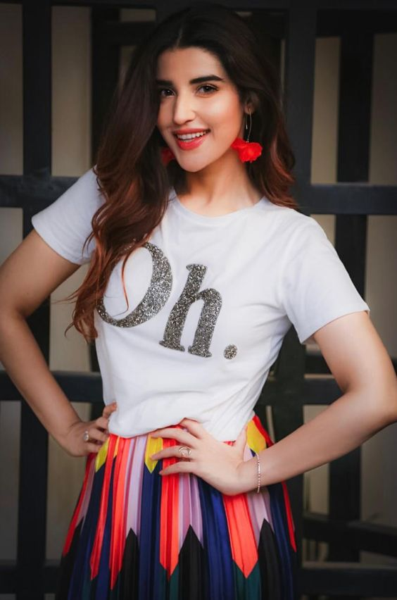 Actress and producer Hareem Farooq has been announced as the host, along with an exciting solo performance, for the first Pakistan International Screen Awards (PISA) scheduled to be held in Dubai on Feb 7th, 2020. After becoming the first female celebrity to host Pakistan Super League (PSL) in 2018, and having hosted the Hum Awards […]