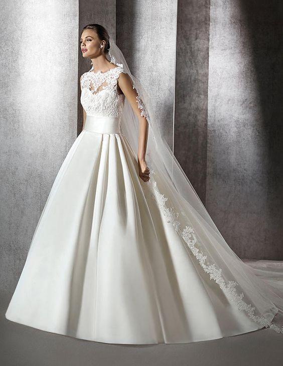 Zerelda, Brautkleid im Prinzessin-Stil mit U-Boot-Ausschnitt