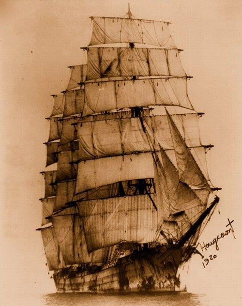 "sailorgil: «Barque Hougoumont - 1920"" logofssmrsunguentine: Quatre Mâts Bark Hougemont via"