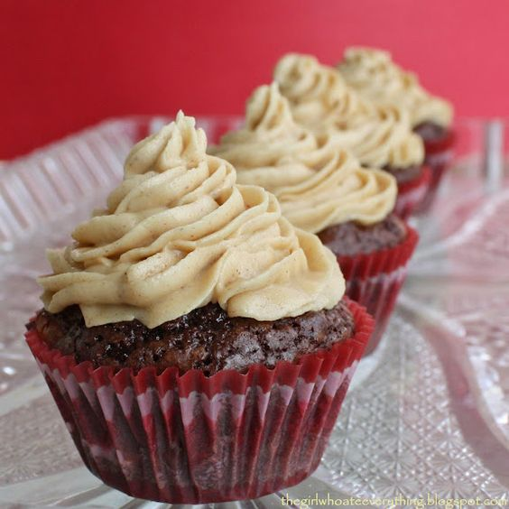 Brownie Bites with Fluffy Peanut Butter Frosting