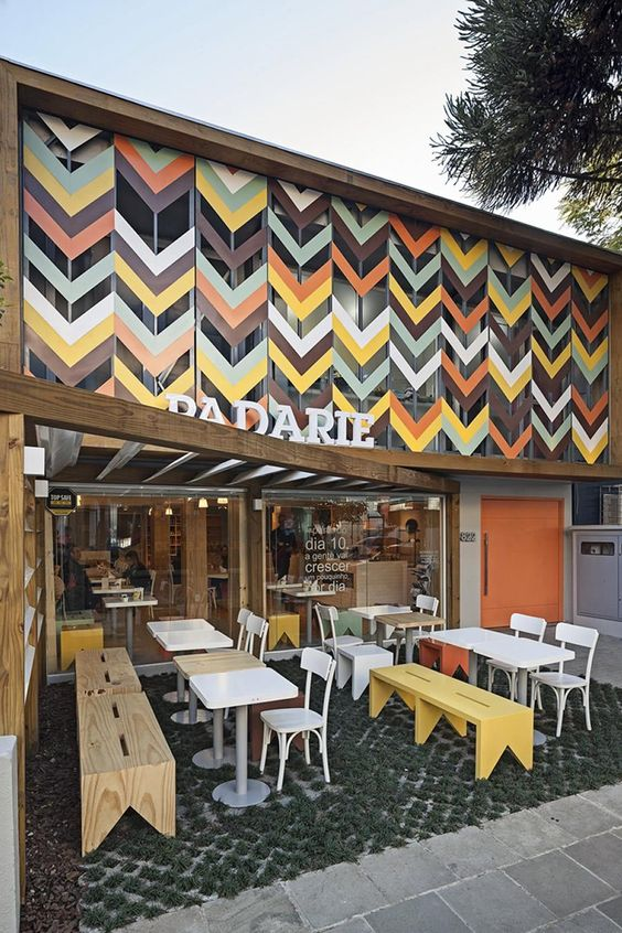 Padarie por CRIO Arquiteturas: http://www.galeriadaarquitetura.com.br/projeto/crio-arquiteturas_/padarie/900# Mais