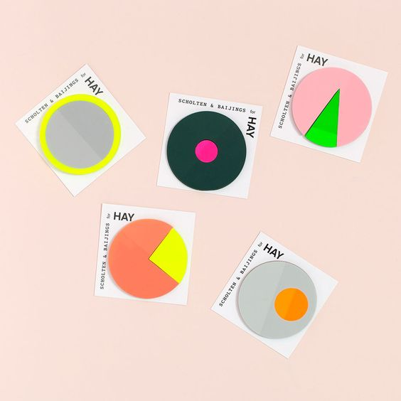 hay color sticky notes