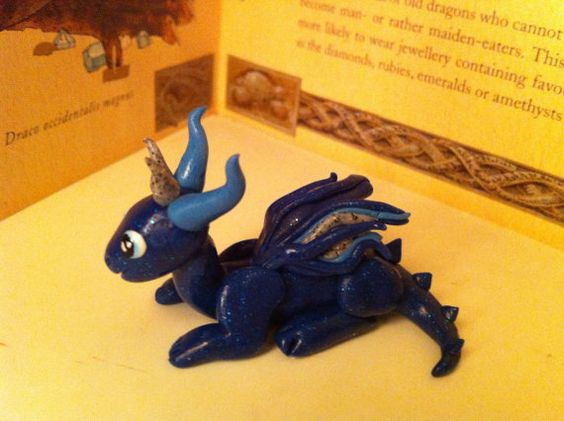 Blue glitter dragon by Dragonsandthings on Etsy, £10.00