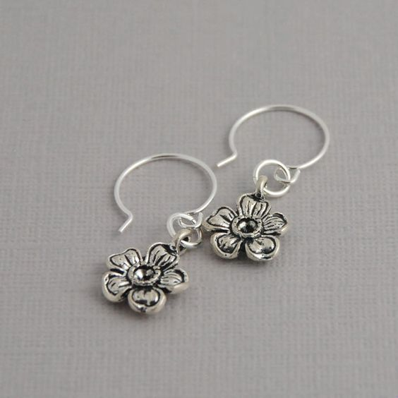 Tiny flower earrings by daisymedesigns on Etsy