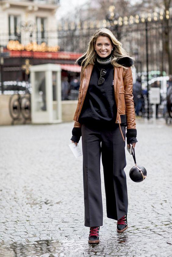 I giubbotti sono la nuova uniforme dello street style e questo Autunno Inverno 2017-2018 si portano davvero con tutto