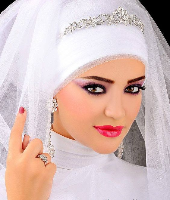 makeup and  Hijab Ideas For Veiled Brides