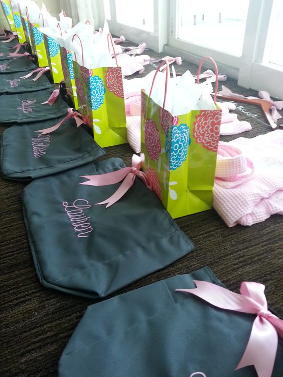 A Very Thoughtful Bride #BacheloretteParties #Fontainebleau #Miami