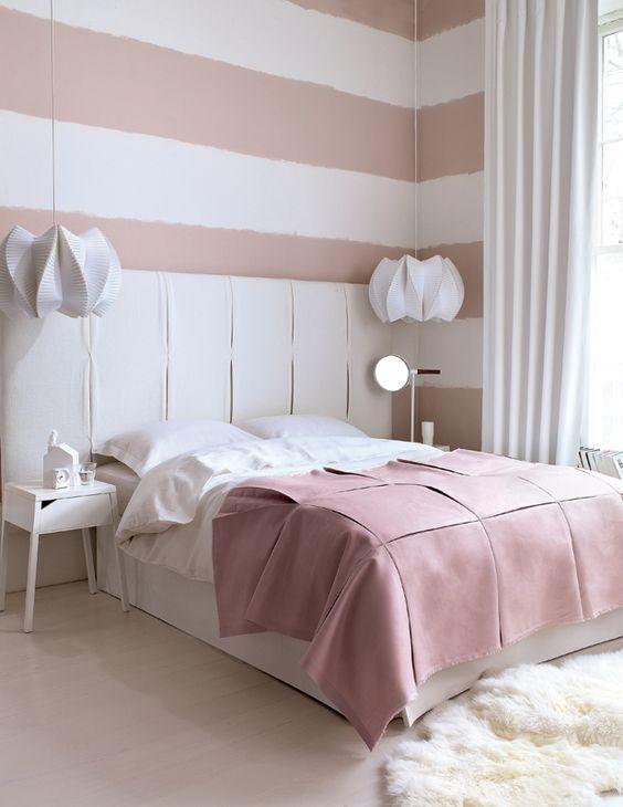 Dormitorio femenino en tonos pastel    #dormitorios #bedroom #relax: