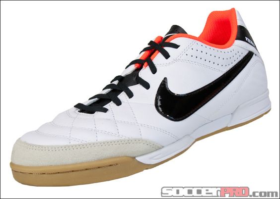 Nike Tiempo Cleats Tiempo Legend Soccerpro Com Futsal Shoes Nike Soccer Shoes