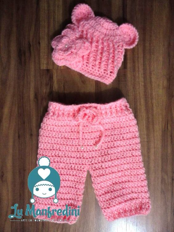Crochet pink bear baby set. Conjunto ursinha rosa em crochê.