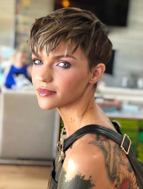 30 Famous Celebrity Pixie Haircuts For Short Hair 2018 Diamond