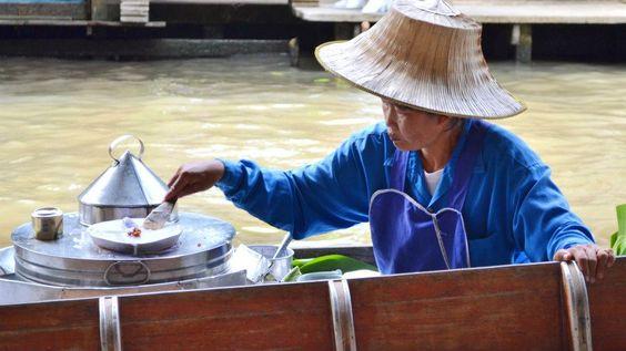 Cucina in Thailandia. Viaggio tra sapori e spezie del cibo di strada