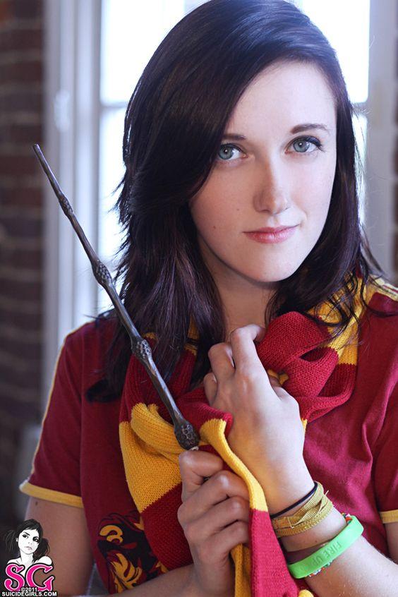 Episkey  Go Go Gryffindor