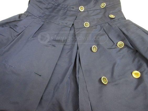 shopgoodwill.com - #33087116 - Women's CHANEL Dress Size 40 - 9/19/2016 8:15:00…