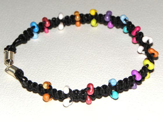 Fußkette in Makramee Art. mit Farfalle-Perlen von Luisa Ventocilla Shop auf DaWanda.com