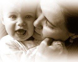 Los besos de mamá nos danettizan la vida.