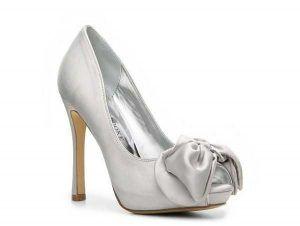 Zapatillas plateadas con blanco para novias 6
