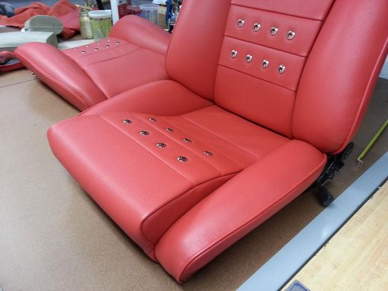 911 St Motorsports Porsche New Red And Black Sport Seats