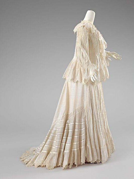 American cotton morning dress ca. 1902