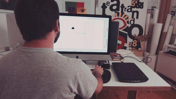 Descubra uma webserie que vista os melhores estudios de design