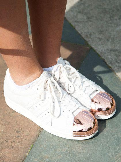 Adidas Superstar Lachsfarbene Streifen