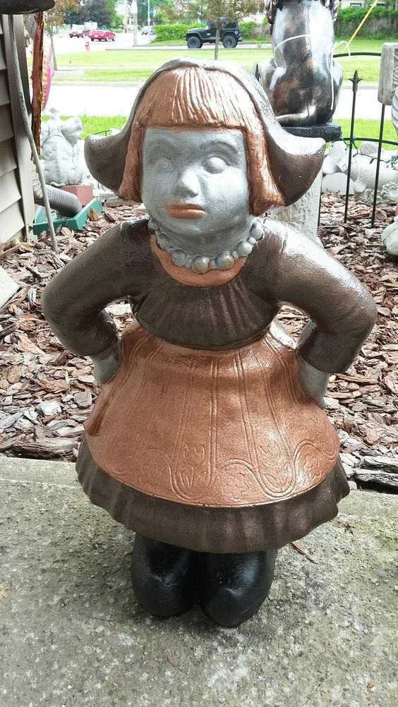 Yard Art Statues www.bazahhomearts.com