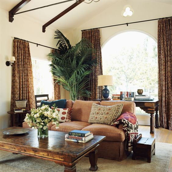 Tall plants living room curtains and tall windows on for Palm tree living room ideas