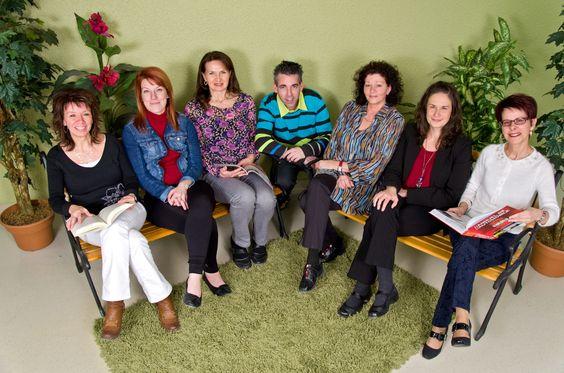 Marie-Josée Poirier, Stéphanie Lowry, Joëlle St-Laurent, Stéphan Garneau, Lisiane Huppé, Lauréanne Grenier et Nancy B. Gosselin. Absente sur la photo, Danielle Huppé