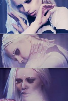 We are the lucky ones, Oh whatever comes [...]    Kerli - Lucky Ones.