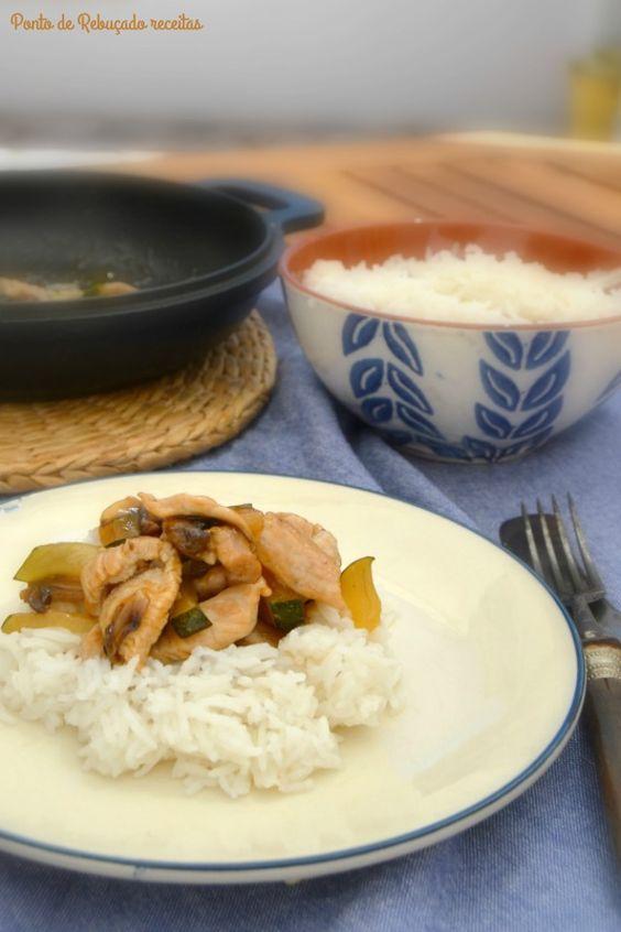 Ponto de Rebuçado Receitas: Tiras de peru agridoce com cogumelos e curgete