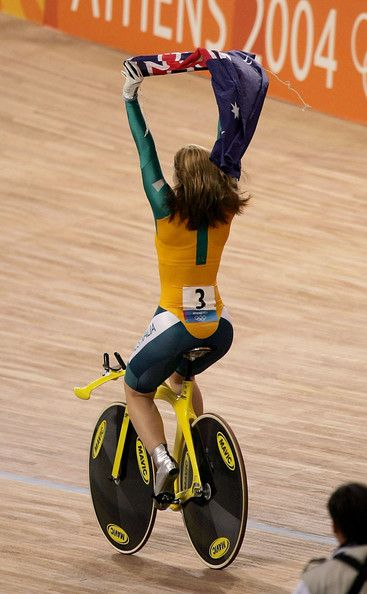 track cycling, Olympics, showing the flag
