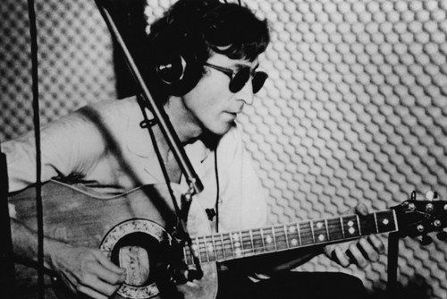 The Beatles John Lennon Playing Guitar Black /& White Poster 24 x 36