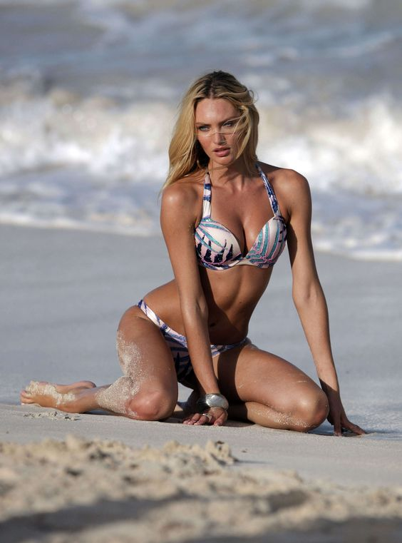 CANDICE SWANEPOEL [1850x2498] [GOTCELEB] hair arms sholder legs St BARTS [27october2015tuesday] [32] [STUFF] JPG.jpg