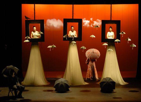 "XXVI: International Hispanic Theatre Festival of Miami | Knight Arts :: Escena de la obra teatral ""Decir lluvia y que llueva"", presentada dentro del Festival Internacional de Teatro Hispano en Miami."