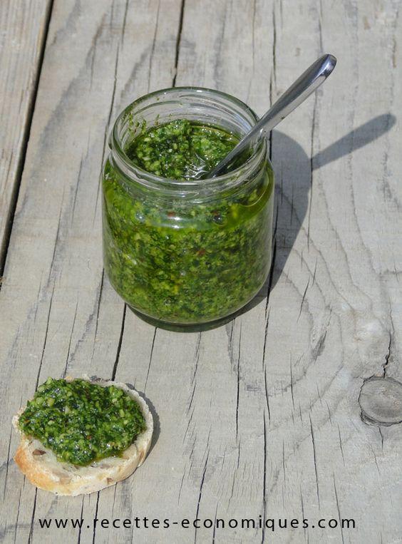 Pesto de fanes de radis le reste d'une botte de radis +  1 gousse d'ail dégermée +  3 cs de poudre de noisettes ou d'amandes + sel Mixer puis ajouter  5-6 cs d'huile d'olive