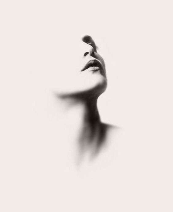 Super High Contrast Picture Only Drawing The Shadows Portraits Pencil Portrait Charcoal Art Portrait Drawing