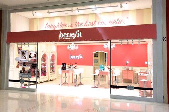 BOUTIQUE DA BENEFIT NO BRASIL  Descubra a primeira boutique da Benefit Cosmétics no Brasil – instalada no shopping Higienópolis, em São Paulo  http://nataliacatrufo.com/benefit-no-brasil/