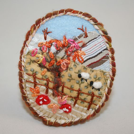Embroidered Brooch - Autumn