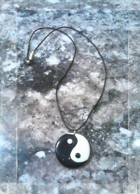 Collier ying-yang