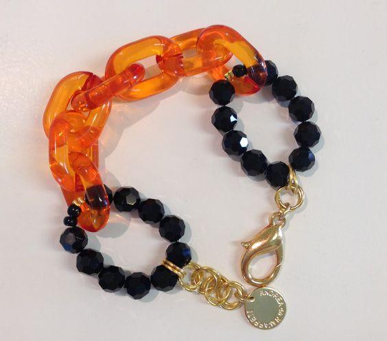 Bijoux / Jewelry Made by Andrea de Navarrete, Pulsera con cadena de acrilicos y cristales