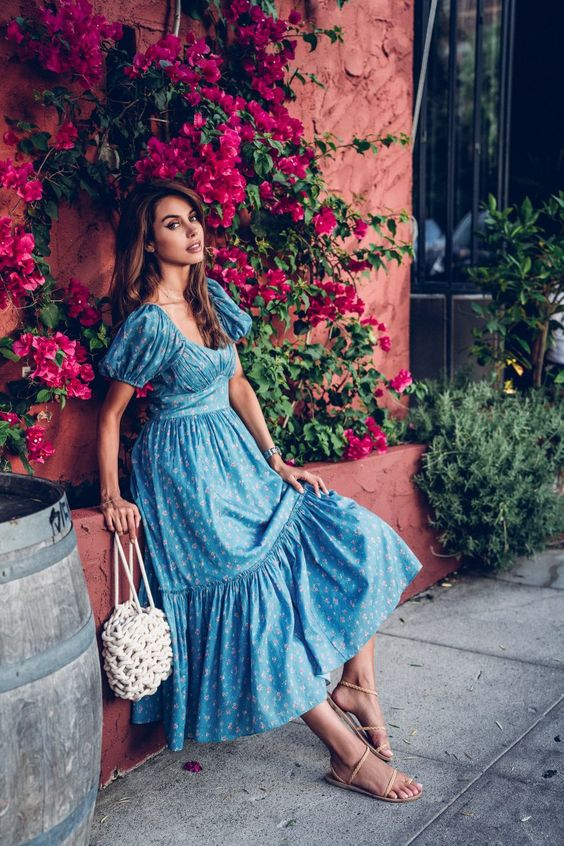 Ditsy #Florals | #VivaLuxury. Case in point the #gorgeous, vintage inspired LoveShackFancy #dress I am sporting in today's look. Though overall the vibrant blue color certainly serves as a focal point, the soft pink and cream print adds a very feminine touch to this pretty midi number. #HandBag